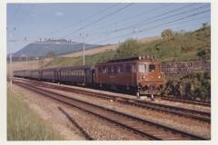 Auvernier 09 BLS Ae 44 253 Train 942 Paris Brig et Interlaken le 26-05-1965 Photo Schetty